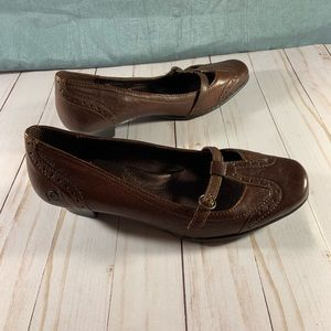 NEW BORN  Casual Dress Heeled Oxford Loafer 7 1/2
